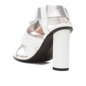 Robert Clergerie Shoes - Robert Clergerie Lissia Leather Sandal